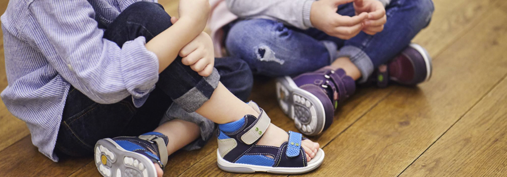 Конструкція дитячого взуття - які моделі шукати? Світ здоров'я